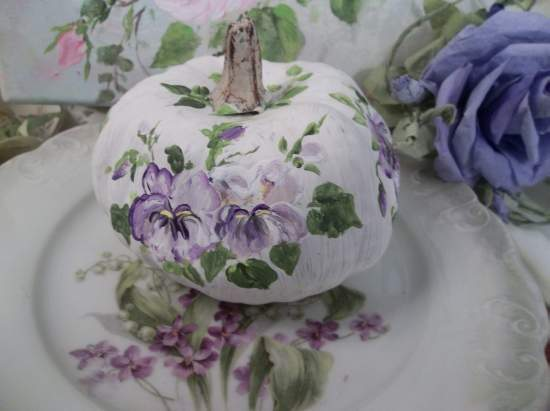 (Pansy Anne Pumpkin) Handpainted Fake Pumpkin