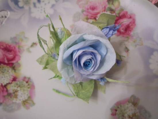 (Sylvetra Rose0 Victorian Paper Rose Clip Lamp Decor Chic n Shabby