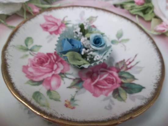 (Bella Blue) Clay Rose Handmade  Cottage Decor (Bella Blue)