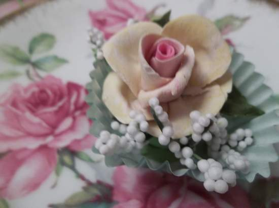 (Ina) Handmade Clay Rose Decor