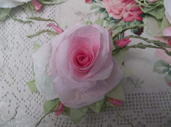 (Gloria Jean)  Handmade Paper Rose Clip