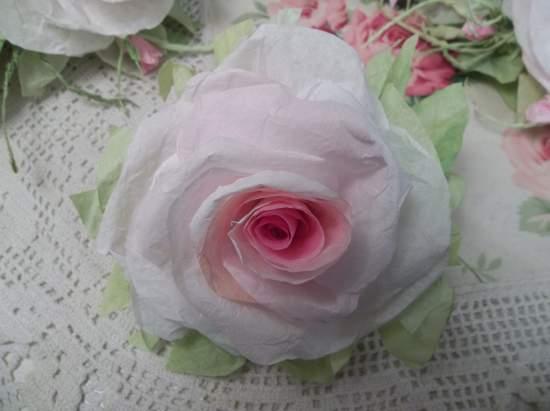 (Jacki Jean)  Handmade Paper Rose Clip