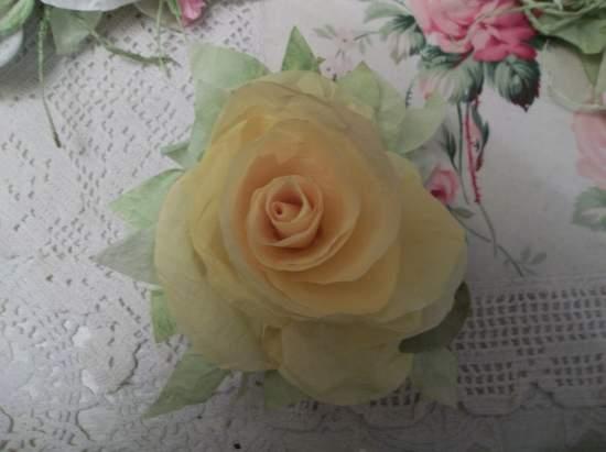 (Fran) Handmade Paper Rose Clip