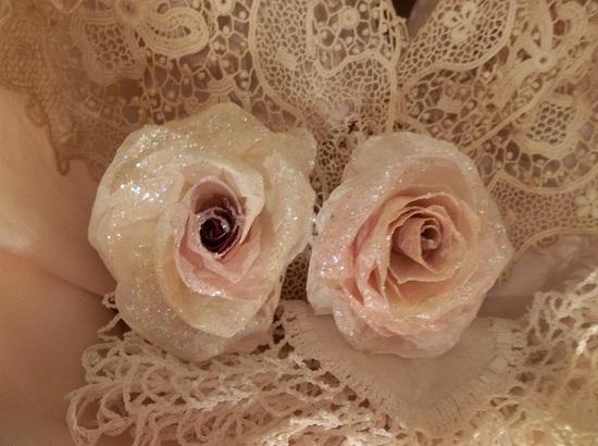 (Bella) Glittered Handmade Paper Rose