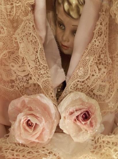 (Falon) Glittered Handmade Paper Rose