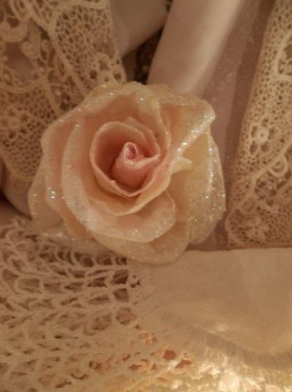 (Vivian) Glittered Handmade Paper Rose