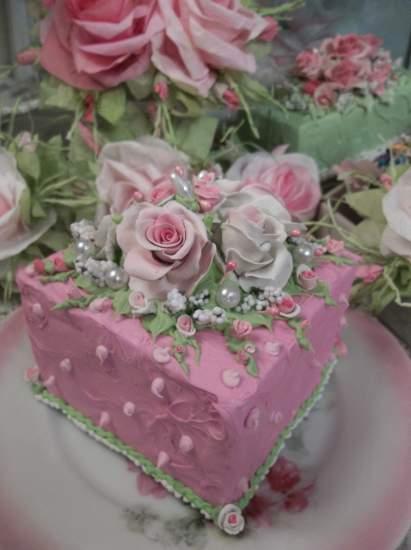 (Ida) Fake Cake