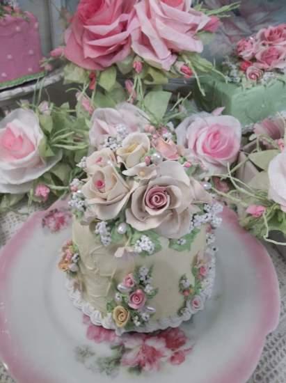(Butter Cream) Funky Junk Fake Cake