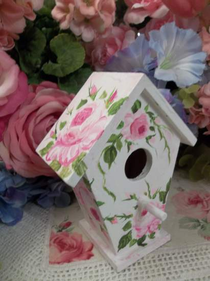 (Sparrow) Handpainted Bird House