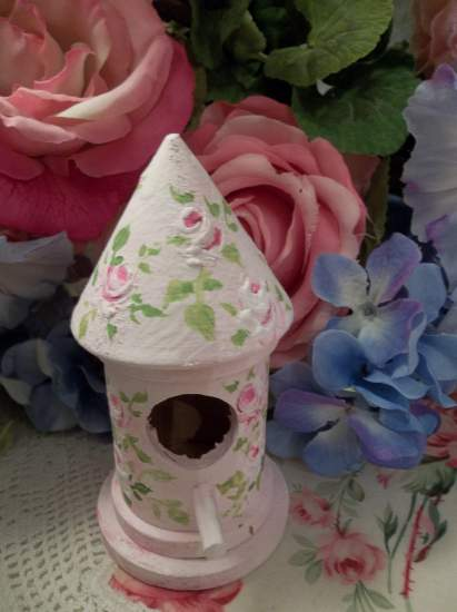 (Rose Bird) Handpainted Bird House