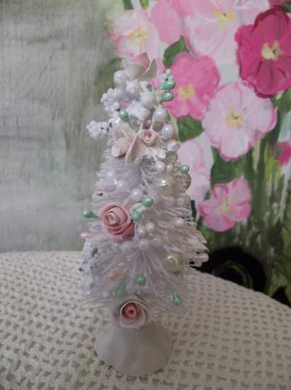 (Small Christina) Beautiful Decorated Bottle Brush Tree