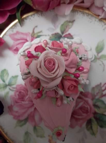 (Romantic Rhonda) Heart Shaped Fake Cake Slice