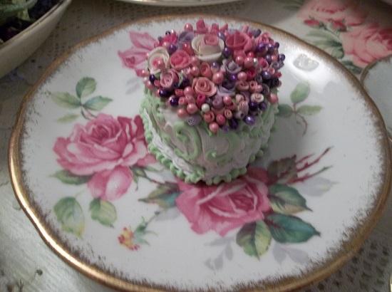 (Forever) Mini Marvel Small Cake