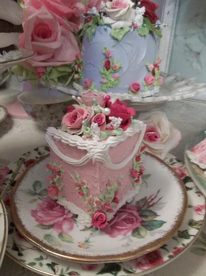 (Princess Pricilla) Fake Cake Slice