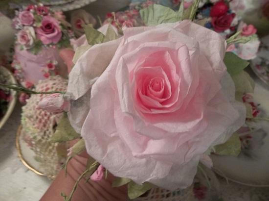(Giant Rose) Handmade Paper Rose Clip