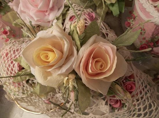 (Lola Jayne) Handmade Paper Rose Clip