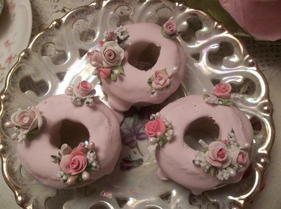 (Emilie) Set Of 3 Mini Donuts