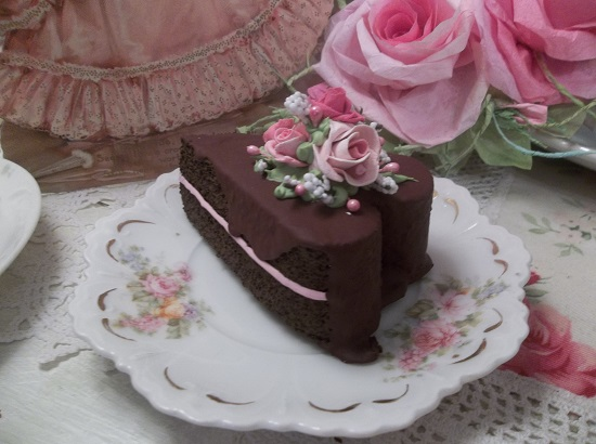 (Valentina) Heart Shaped Fake Cake Slice