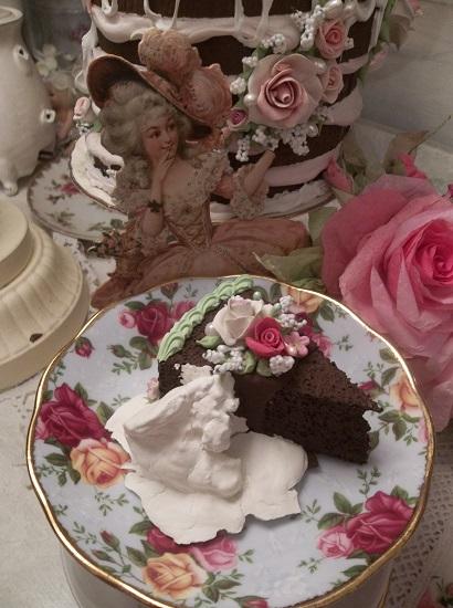 (Ice Cream Mud Slide Cake) Fake Cake Slice