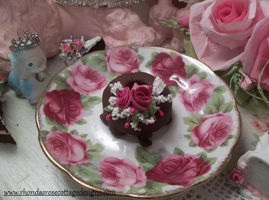 (Mini Chocolate Dount) Decorated Mini Donut
