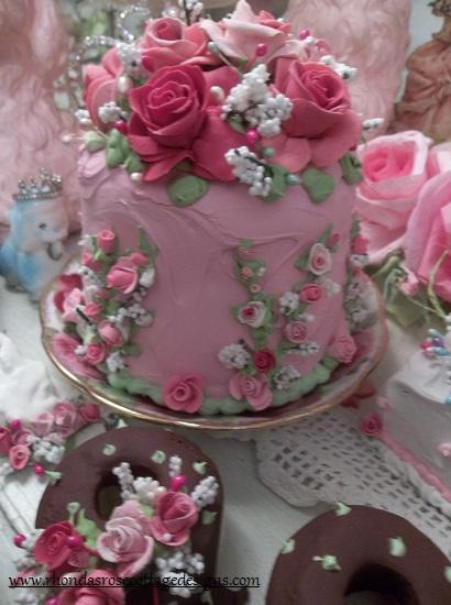 (Martha) Funky Junk Fake Cake