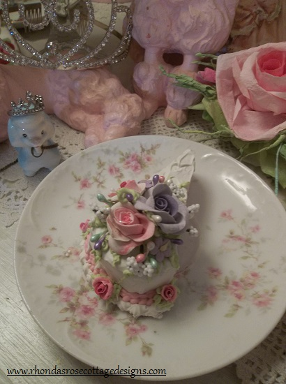 (Sister Rosa) Small Fake Cake Slice