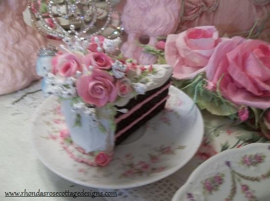 (Eden Eve) Fake Cake Slice