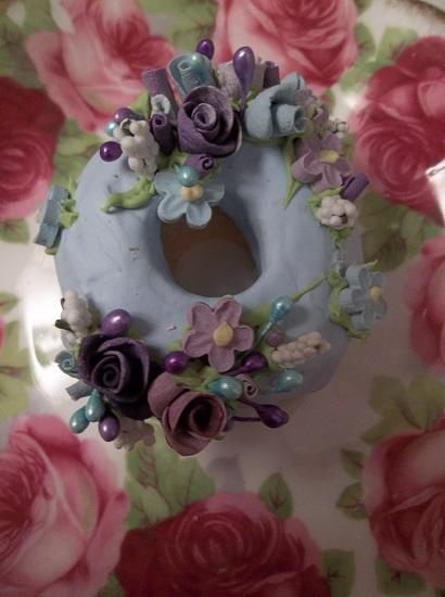 (Pixie) Decorated Mini Donut