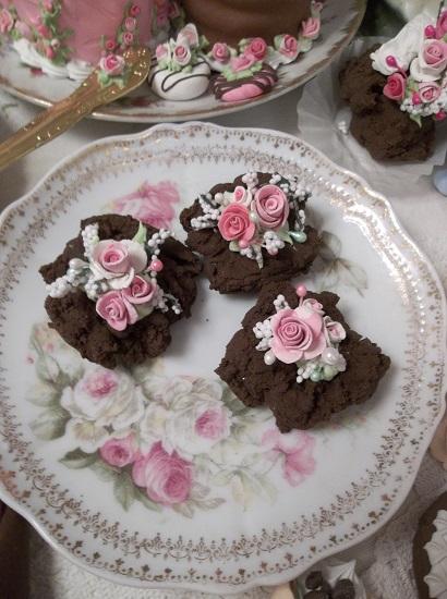 (Fudgie Frans) 3 Chocolate Drop Cookies
