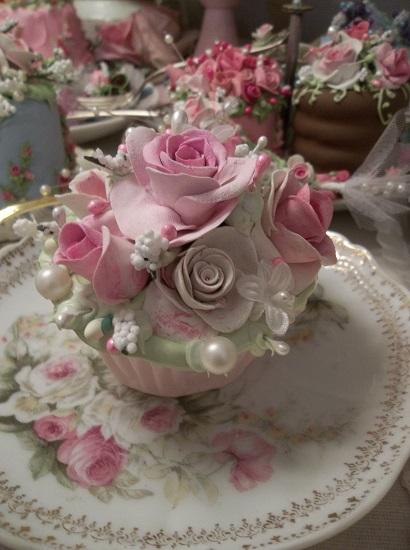 (India Rose) Fake Cupcake