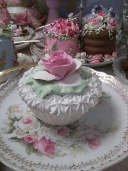 (Unice Rose) Fake Cupcake