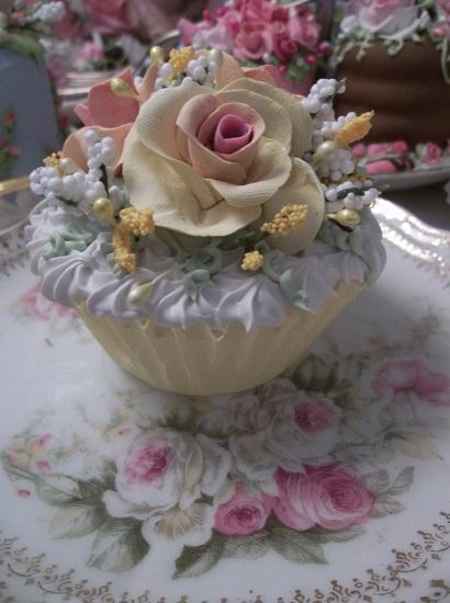 (Autumn Sunshine) Fake Cupcake