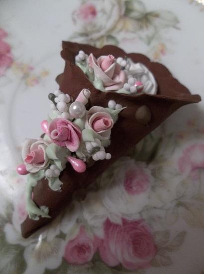(Gabriella) Decorated Fake Cannoli