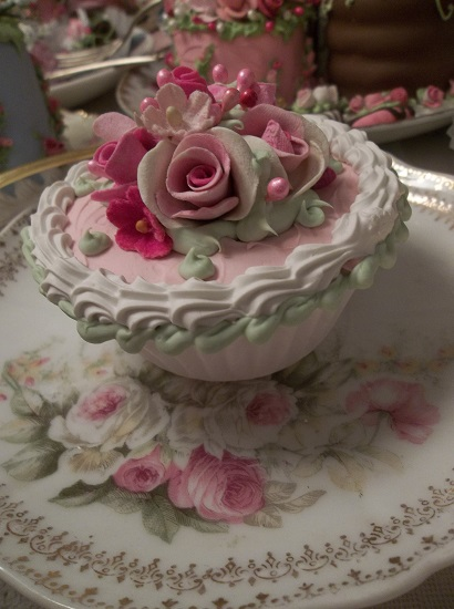 (Korina) Fake Cupcake