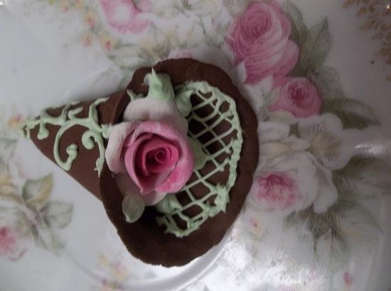 (Annette) Decorated Treasure Cone