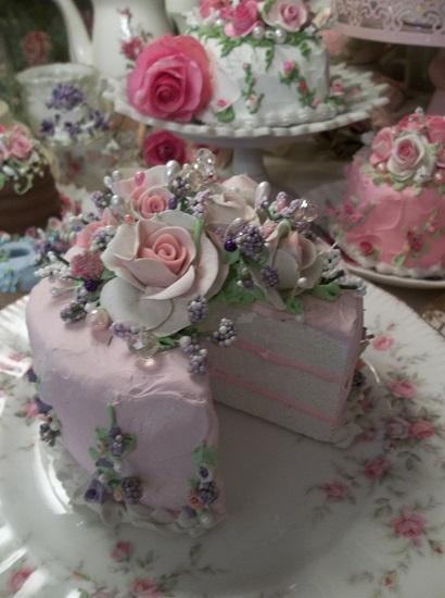 (Angaleana) Fake Cake, Slice Out Cake