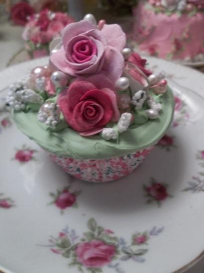 (Martha) Fake Cupcake