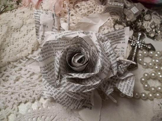 (From The Garden Of Evolution) Handmade Paper Rose Clip
