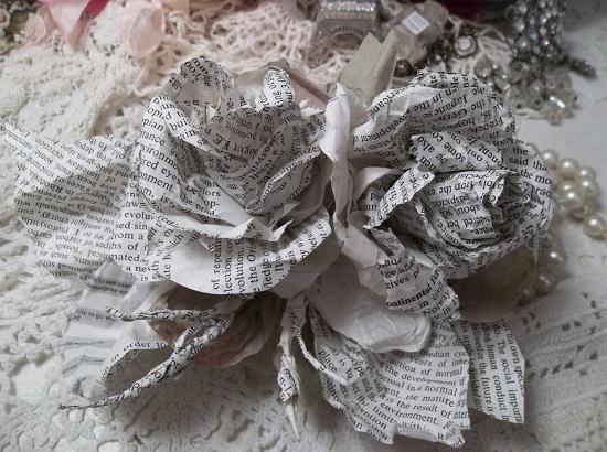 (Wordie Roses) Handmade Paper Rose Clip