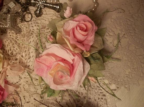 (Miss Austin) Handmade Paper Rose Clip