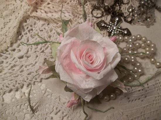 (Joyella) Handmade Paper Rose Clip