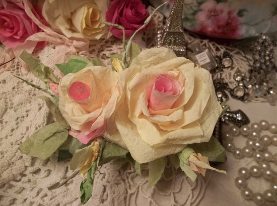 (Peace) Handmade Paper Rose Clip