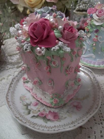 (Rose Momma) Fake Cake Slice