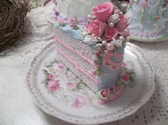 (Lacy) Fake Cake Slice