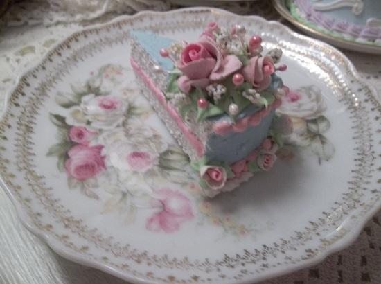 (Little Laura) Fake Cake Slice