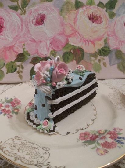 (Charolletta) Fake Cake Slice