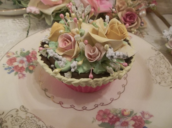 (Pink Lemonade And Chocolate) Fake Cupcake