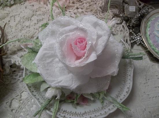 (SNOW) Handmade Paper Rose Clip