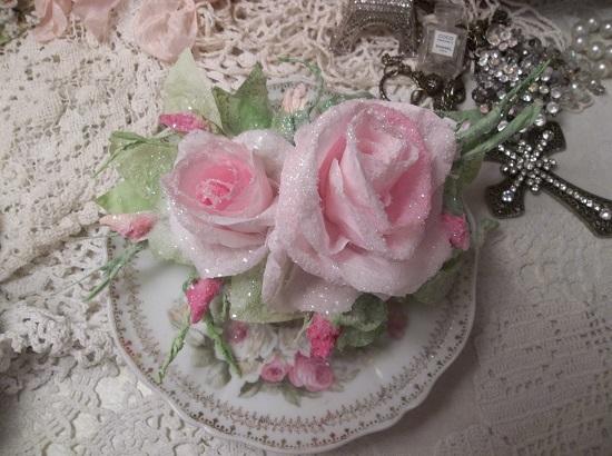 (Arctic Anika) Handmade Paper Rose Clip