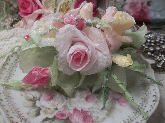 (The Fairest Of Winter Wonderland) Handmade Paper Rose Clip